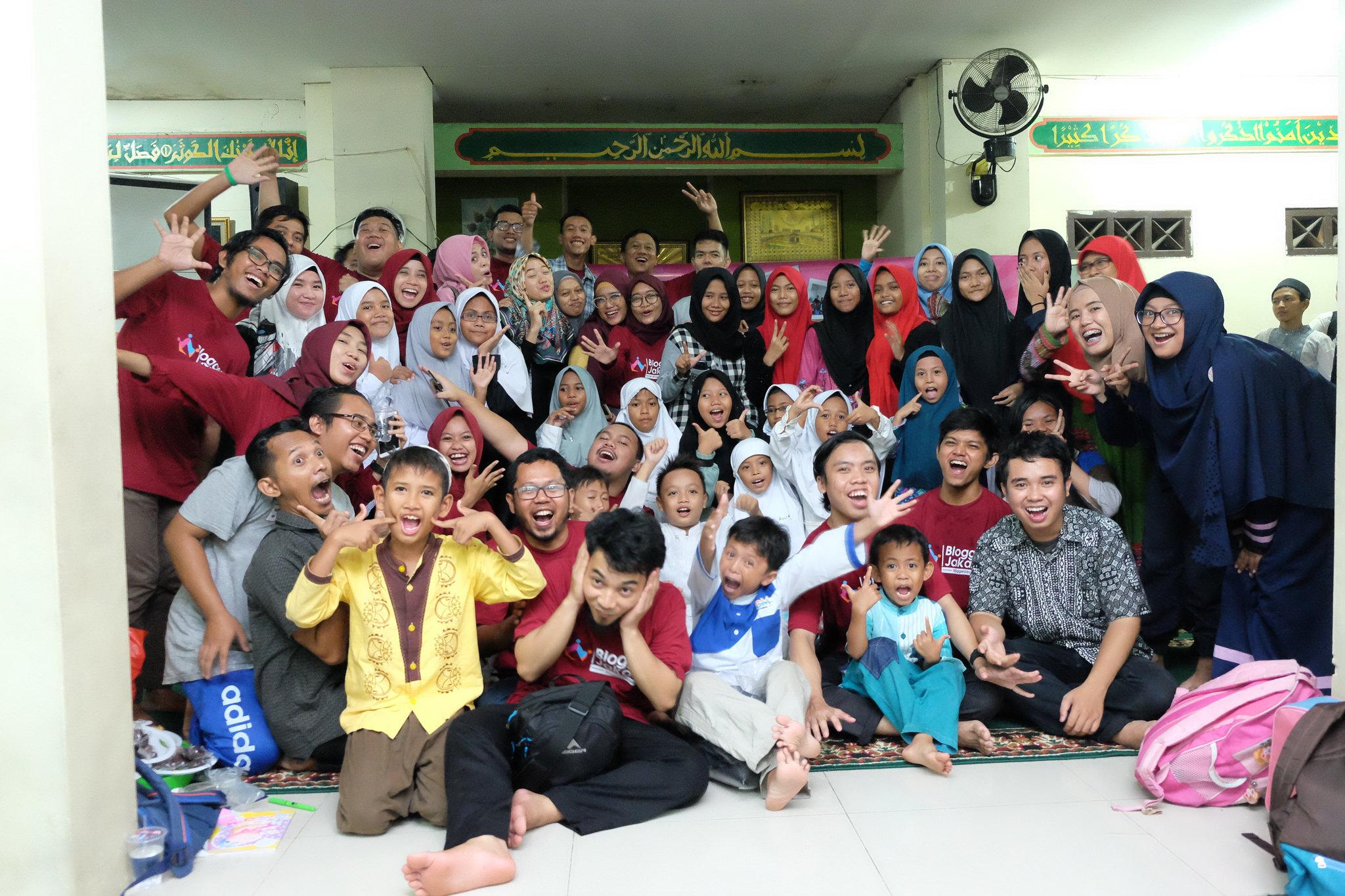 Ulang Tahun Blogger Jakarta Merajut Kebersamaan