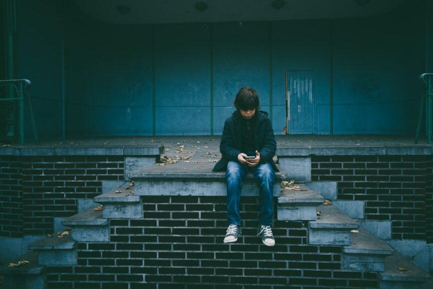 Bijak Menggunakan Smartphone untuk Anak